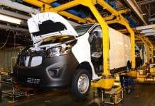 Vauxhall Vivaro Luton The Van Expert