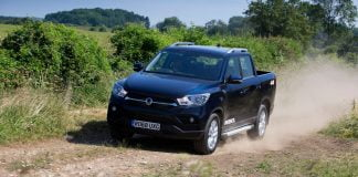 SsangYong Musso pick-up truck review 2018 (The Van Expert)