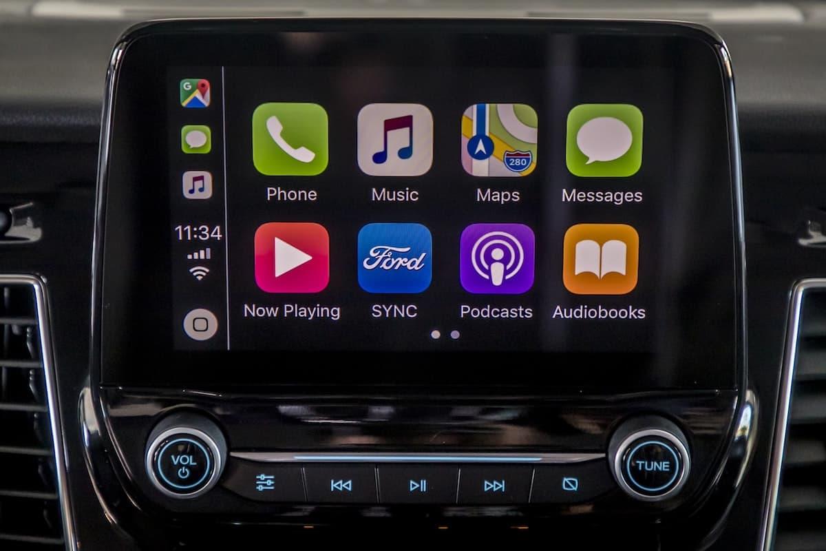 Ford Transit –Apple Carplay | The Van Expert