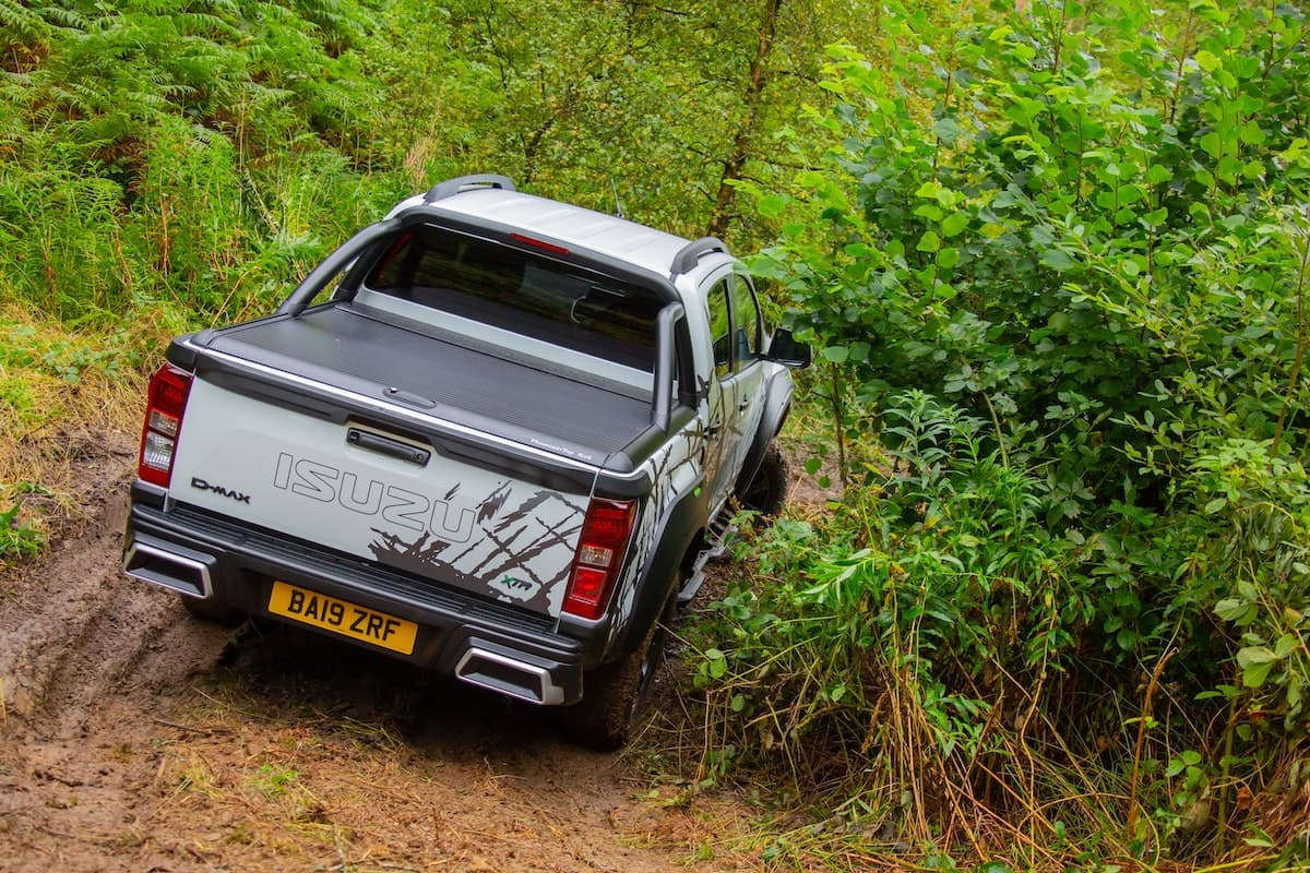 2020 Isuzu D-Max XTR off-road testing 03 | The Van Expert