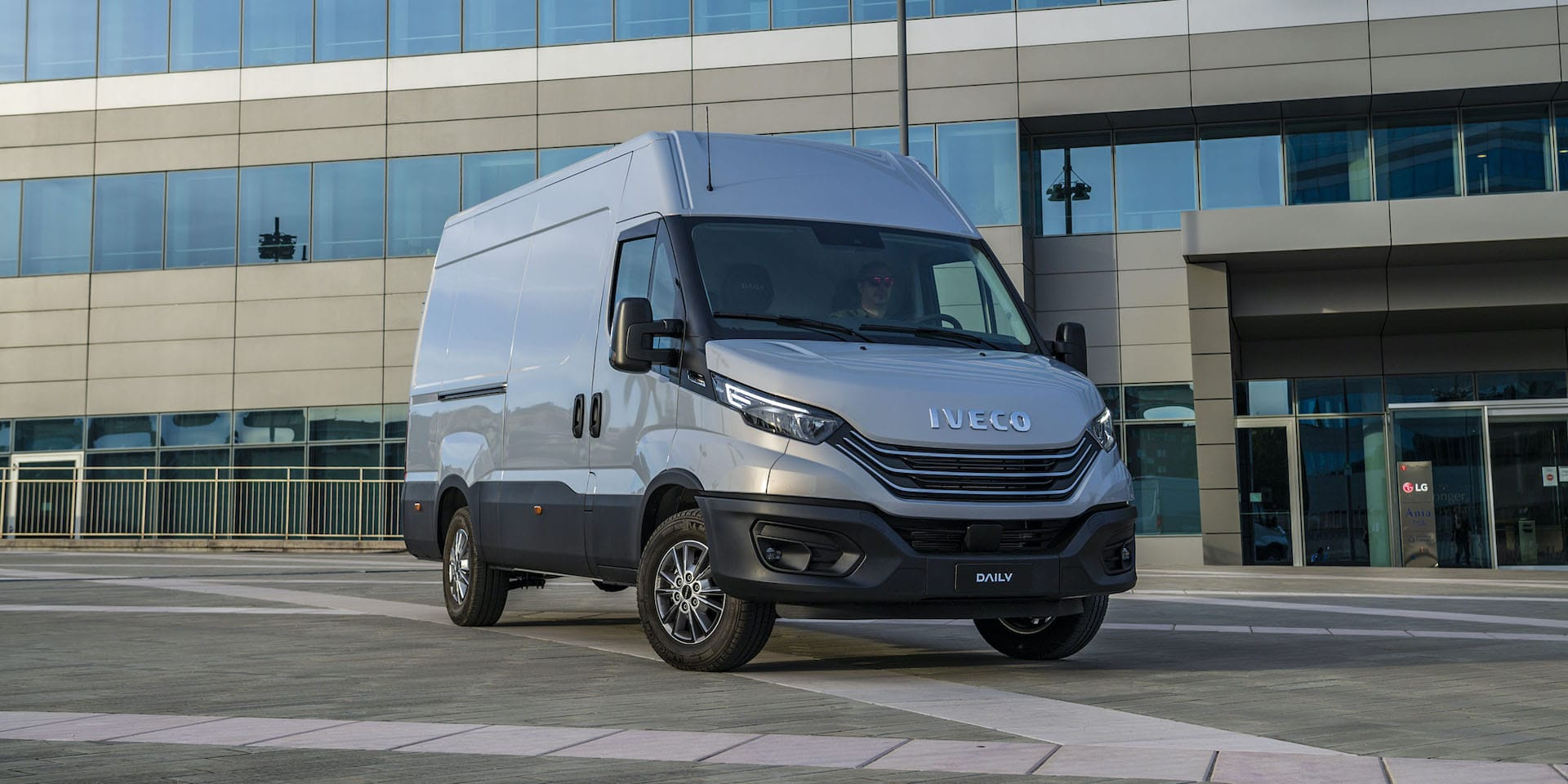 Iveco Daily 2021   The Van Expert