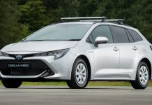 Toyota Corolla Commercial van - front